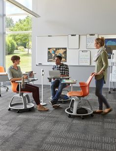 Classrooms are tethered to perimeter power, tangling students in a web of extension cords. Active learning requires spaces that are active, easily providing power to users and furniture.