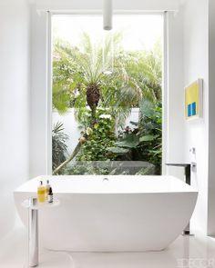 Palm Beach bathroom