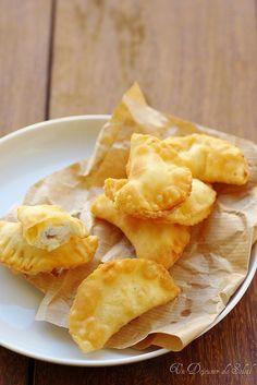 sgonfiotti (ravioli frits à la ricotta) - un déjeuner de soleil