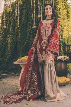 Nikkah Dress, Shadi Dresses, Pakistani Formal Dresses, Pakistani Fashion Casual, Pakistani Wedding Outfits, Pakistani Dress Design, Bridal Outfits, Bollywood Fashion, Indian Dresses