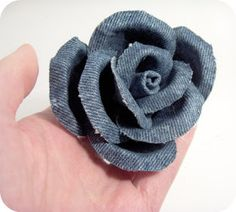 PerlillaPets: Tutorial creative recycling: rose made of jeans!