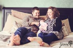 Newborn & Family Photo by Yvonne Photography