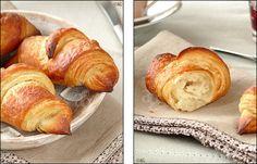 Que diriez-vous de déguster des croissants tout juste sortis du four au petit déjeuner ? Dans une ambiance fleurant bon le croissant frais … Et sans devoir vous lever aux aurores ! C'est possible ! Avec cette recette qui permet,...