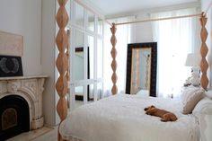 Casa moderna decorada en blanco y madera   Decoratrix   Decoración, diseño e interiorismo http://patriciaalberca.blogspot.com.es/