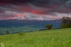 Sunset in Podhale, Poland. The Tatra Mountains on the background.  #landscapephotography