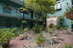 Indigo Inn in Charleston...where we love to stay.  Center court yard.  Rooms furnished with antiques.  It's own little world....slj