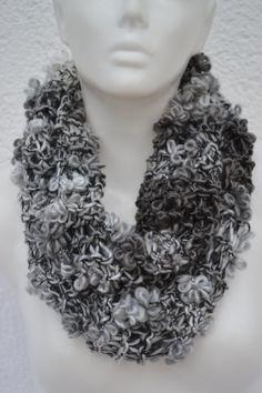 Loop Schlauchschal Schal grau anthrazit gestrickt von Masche21 auf Etsy