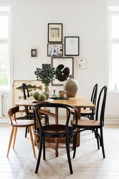 mismatched dining chairs in an eclectic dining room Modern Dining, Eclectic Dining, Interior, Mismatched Dining Chairs, Bentwood Chairs, Dining Furniture, Home Decor, House Interior, Dining Room Decor