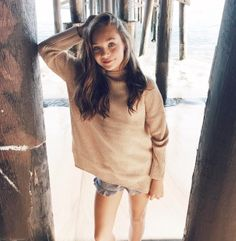 """[ maddie ziegler ] """"hi! i'm maddie caniff-ziegler! i'm 15. i'm a model and a dancer. i dance for sia! i have an older sister named jasmine, a younger sister named kenzie and an older brother named taylor. intro?"""""""
