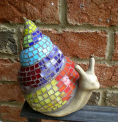 Stained Glass Mosaic Snail by artsyphartsy (Kathleen) Mosaic Diy, Mosaic Garden, Mosaic Crafts, Mosaic Projects, Mosaic Glass, Mosaic Tiles, Garden Snail, Mosaic Mirrors, Mosaic Wall
