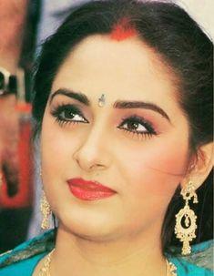 Jaya Prada Beautiful Heroine, Beautiful Lips, Beautiful Bride, Gorgeous Women, Beautiful Girl Indian, Most Beautiful Indian Actress, Beautiful Bollywood Actress, Beautiful Actresses, Prada