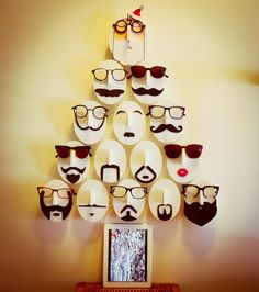 #Movember #Eyewear Display: A perfect combination of glasses, Movember, and Christmas! Optical Shop, Retail Windows, Shop Windows, Visual Merchandising Displays, Visual Display, Display Design, Store Design, Display Ideas, Christmas Window Display Retail