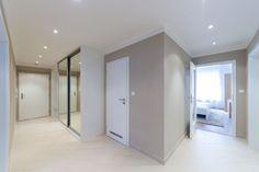Демонстрационная квартира. Прихожая. Divider, Room, Furniture, Home Decor, Prague, Bedroom, Decoration Home, Room Decor, Rooms