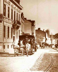 Tramvai tras de cai pe Știrbei-Vodă Paris, Old City, Romania, Country, Vintage, Falling Down, Bucharest, Old Town, Montmartre Paris