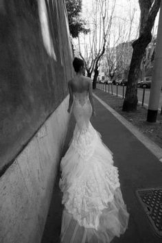 Mermaid Lace Low Back Wedding Dress