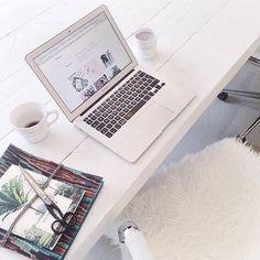 P R O D U C T S // Work hard, dream big  Notebook online available at www.a-la.nl | €15,- #Àla #alacollection #monday #newweek #notebook #rainyamsterdam #workhardplayharder  Regram @emiliesobels