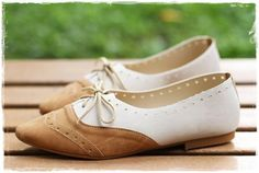Women Shoes Classics Lace Up  #lace #flats www.loveitsomuch.com