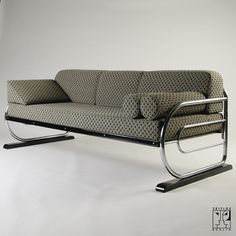 Tubular steel couch/daybed in Aeronautic Streamline Design by ZEITLOS – BERLIN