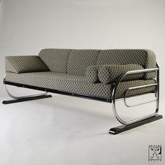 Tubular steel couch/daybed in Aeronautic Streamline Design by ZEITLOS – BERLIN