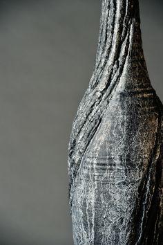 #sculpture #contemporaryceramics #art  #woodlike #treebark #naturaltexture Tree Bark, Contemporary Ceramics, Natural Texture, Sculpting, Wood, Art, Whittling, Madeira, Sculpture