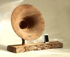 iHorn - iPad - iPad mini - iPhone - Acoustic Speaker Horn - Rustic natural - Old Time Speaker System for your iDevice on Etsy, $488.55 CAD