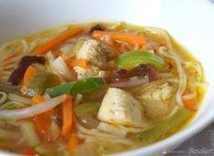 Słodko-pikantna chińska zupa z kurczakiem Thai Red Curry, Ramen, Spaghetti, Food And Drink, Chicken, Meat, Ethnic Recipes, Foods, Chinese Food