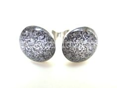 20g 0.8mm Black White Floral Fake Plugs Earrings Studs