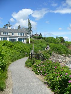 Marginal Way, Ogunquit, Maine A lovely path along the sea coast.