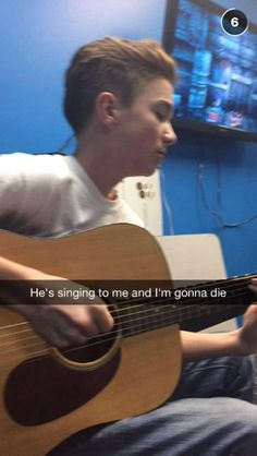 if daniel sang to me i would legit cry