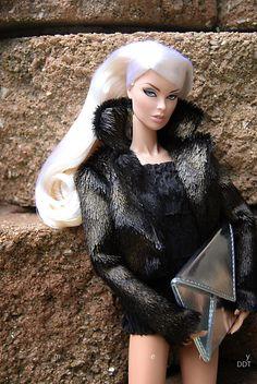 https://flic.kr/p/EFuhSX | Fashion Royalty Vanessa: Black Tie Ball | www.facebook.com/dave.dolltown