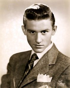Roddy McDowall, 1940s, Bruno of Hollywood, // AKA Roderick Andrew Anthony Jude McDowall    Born: 17-Sep-1928  Birthplace: London, England  Died: 3-Oct-1998  Location of death: Studio City, CA  Cause of death: Cancer - Lung