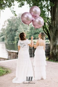 pc @fabijanvuksic model @luisalion ganze story auf @friedatheres Dress @catherine__deane skirt + Shirt  @iay_iamyours Jacket @chosenbyoneday  Total look via @iay_iamyours #wedding #bride #brides #bridedress #bridetobe #love #weddingdress #marry #bridegang #brideinspiration #weddingdecoration #iamyours #realbride #bridalinspiration #boho #bohowedding #bohohochzeit #bohobraut #bohobride #hochzeit #braut #brautkleid #brautmode #hochzeitskleid #bohobrautkleid #bohohochzeit #weddingdecoration Catherine Deane, Models, Bride, Wedding Dresses, How To Wear, Fashion, Dress Wedding, Marriage Dress, Bridle Dress
