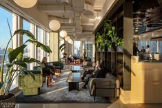 A+I Designs New Hudson Yards Headquarters for Equinox Custom Desk, Floating Staircase, Country House Design, Point Light, Hudson Yards, Creative Hub, Interior Design Magazine, Creativity And Innovation, Equinox