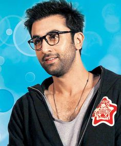 Little Known Facts about RK. #RanbirKapoor moved to New York City to learn film-making at the School of Visual Arts and later pursued method acting at the Lee Strasberg Theatre and Film Institute. While in New York, he  directed and starred in two short films - Passion to Love and India 1964. Don't you just love this geeky look he has going here? Image: mid-day.com