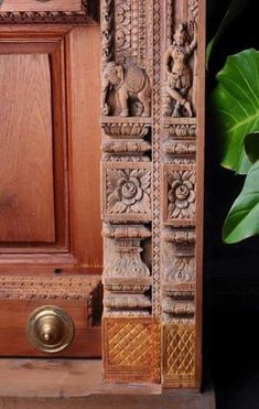 Wooden Main Door Design, Front Door Design, Wood Design, Modern Entrance Door, Main Entrance, Pooja Room Door Design, Temple Design, Wood Carving Designs, Traditional Doors