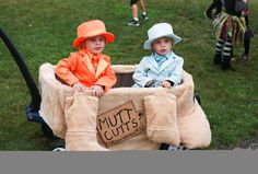 http://timykids.com/dumb-and-dumber-halloween-costumes-for-kids.html