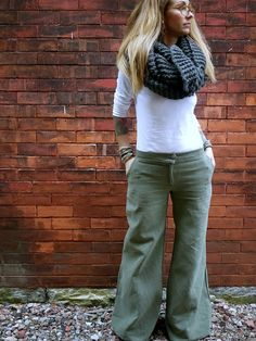 Wide Leg Cool Weather Grey Pant~ Trouser Pockets~ Loose Fit Leg~ All Sizes~ Many Colors~ Made to Order~ Women's Pants~ Women Trousers
