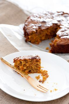 Easy Carrot Cake 5 ingredients gluten free