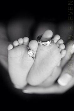 Eheringe und Babyzehen