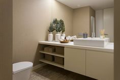Casa de banho social : Casas de banho modernas por Traço Magenta - Design de Interiores