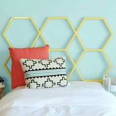 Walker Edison HBTHC1CY Honeycomb Twin Size Headboard - Yellow