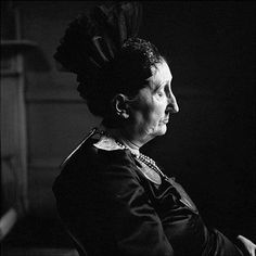 """""""Dame Edith Sitwell"""", 1959 ©Jane Bown"""