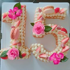Birthday Cake Friends 59 Ideas For 2019 - Birthday Cake Flower Ideen Number Birthday Cakes, 15th Birthday Cakes, 1st Birthday Cake For Girls, Number Cakes, Macaroon Cake, Cake Lettering, Sweet 16 Cakes, Biscuit Cake, Pastry Cake