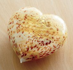 Murano Glass Heart - ivory/gold, Decorative Glass, Home Furnishings - The Museum Shop of The Art Institute of Chicago