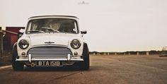 Mini Stance - Page 116 - Styling Mini Cooper Custom, Mini Cooper Classic, Mini Cooper S, Classic Mini, Classic Cars, Retro Cars, Vintage Cars, Mini Driver, Mini Morris