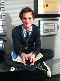 Matthew Gray Gubler as Spencer Reid on Criminal Minds. Spencer Reid Criminal Minds, Dr Spencer Reid, Criminal Minds Cast, Dr Reid, Spencer Reed, Spencer Reid Quotes, Derek Morgan, Penelope Garcia, Love Of My Life