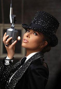 "Gloria Trevi's ""El Amor"" World Tour comes to The Cosmopolitan of Las Vegas Sept. 17"