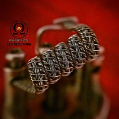 """My #creative entry for the #buildoff2k15  Specs:  2x2x28gaK twisted cw to the max and spiral flattened and in the middle 2 x 34ga/36gaN80 claptons twisted…"""