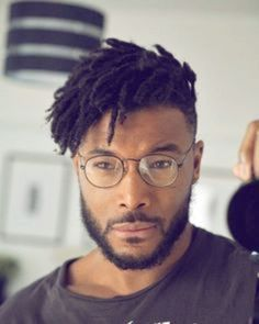 Short Dreads with Fade - Best Dreadlock Hairstyles For Men: Cool Dread Styles For Guys, Short, Medium and Long Dreads with Fade Mens Dreadlock Styles, Dreadlock Hairstyles For Men, Dreads Styles, Curly Hair Styles, Natural Hair Styles, Dreadlock Fade, Men Dread Styles, Hairstyle Men, Black Men Haircuts
