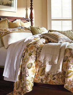 You'll think you've escaped to an island retreat when you top your bed with the Palmetto Bedding Collection that features beautiful tropical foliage and greenery.